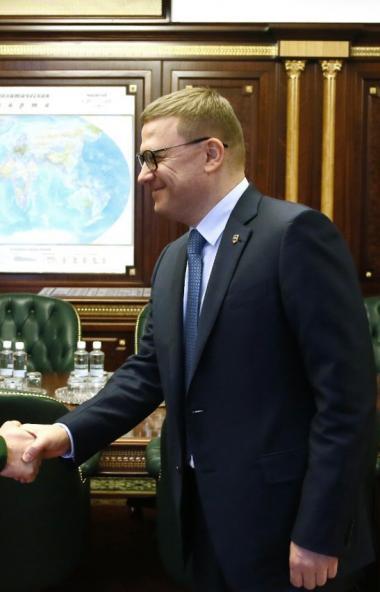 Губернатор Челябинской области Алексей Текслер провел первую публичную встречу с