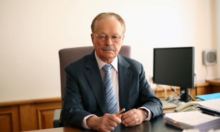 В воскресенье, 27 декабря, на 97 году жизни скончался известный финансист, ветеран Великой Отечес