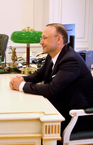 В среду, восьмого июля, полномочный представитель президента РФ Николай Цуканов и председатель Со