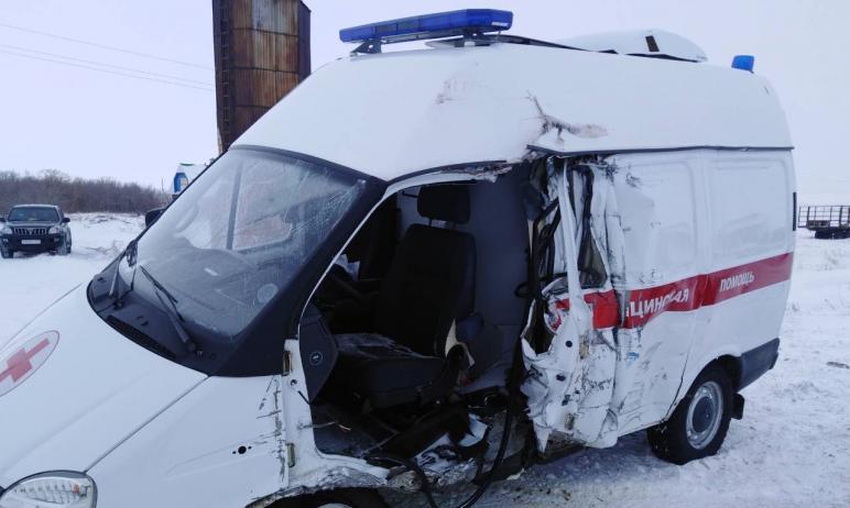 В Челябинской области в результате аварии с машиной скорой помощи погиб один перевозимый в автомо