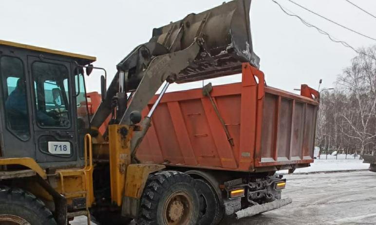 В ночь с первого на второе января в очистке улиц Челябинска задействовали 124 единицы техники. Из
