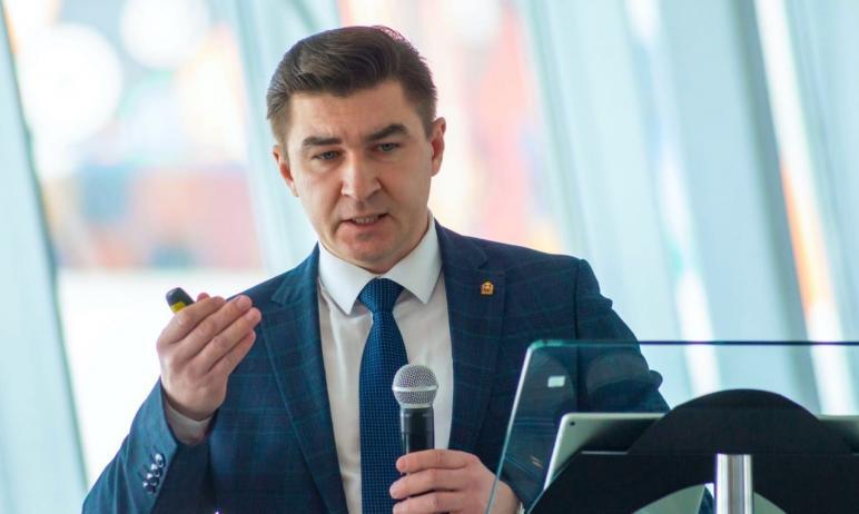 Ректор Челябинского государственного университета Сергей Таскаев представил пром