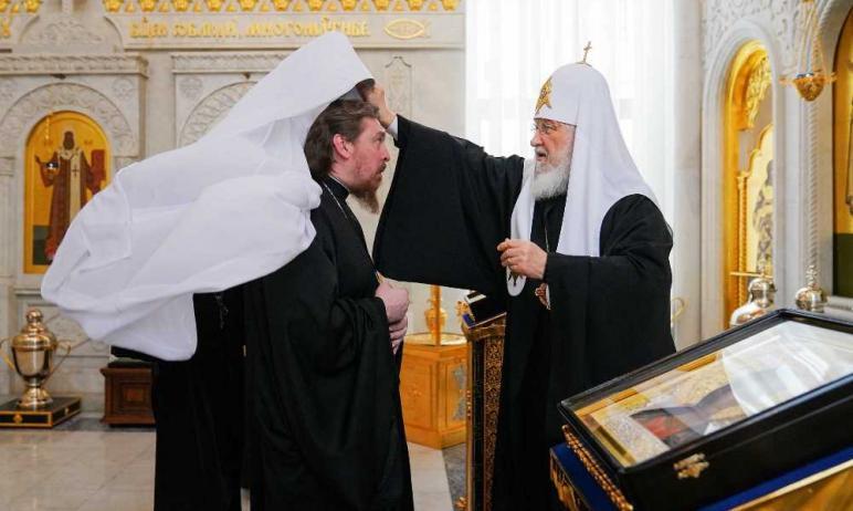 Святейший Патриарх Московский и всея Руси Кирилл возвел в сан митрополита нового епископа Челябин
