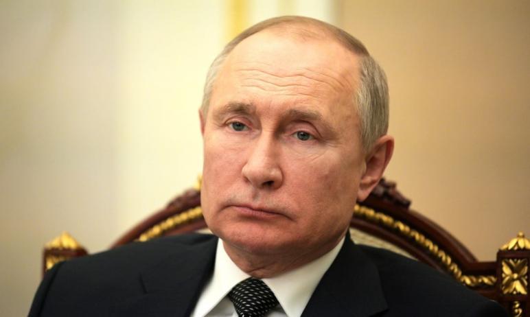 Президент России Владимир Путин подписал Указ об установлении на территории страны нерабочих дней