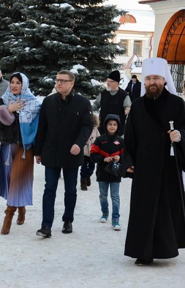 В Рождество Христово, 7 января, губернатор Челябинской области Алексей Текслер с семьей посетил С