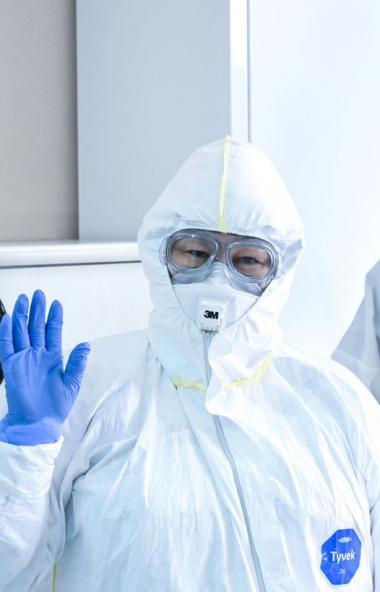 За последние сутки в России официально подтверждено 6 тысяч 361 новый случай коронавирусной инфек