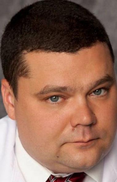 Главный врач городской больницы №1 Челябинска Дмитрий Тарасов покинул занимаемый пост. Потомствен