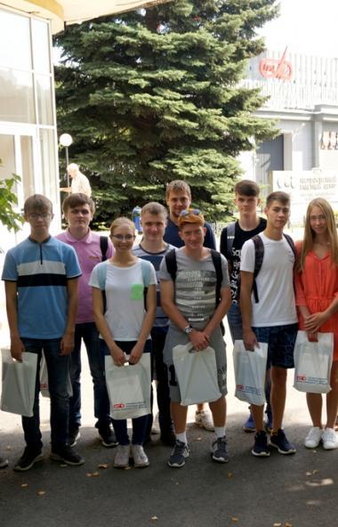 Двадцать юных жителей Челябинской области стали студентами АО «ГР Макеева» по целевому набору, 17
