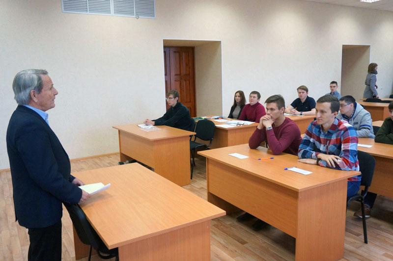 Школа молодых специалистов (ШМС) традиционно начала свою работу в Государственном ракетном центре