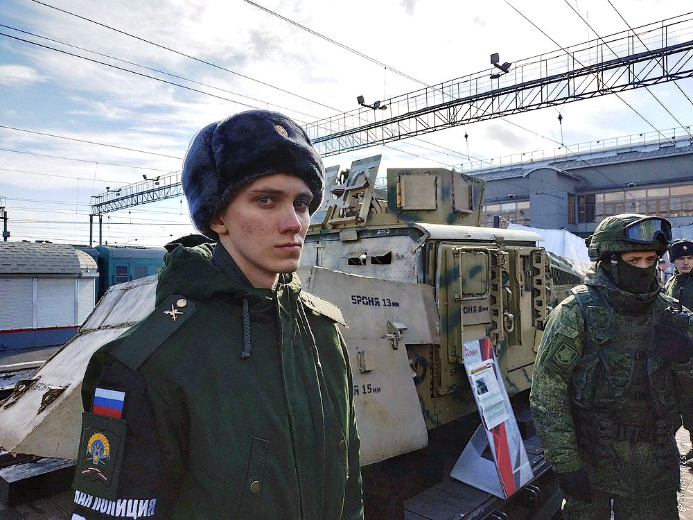 В Челябинск сегодня, 12 марта, в 11 часов 30 минут прибыла уникальная передвижная военно-патриоти