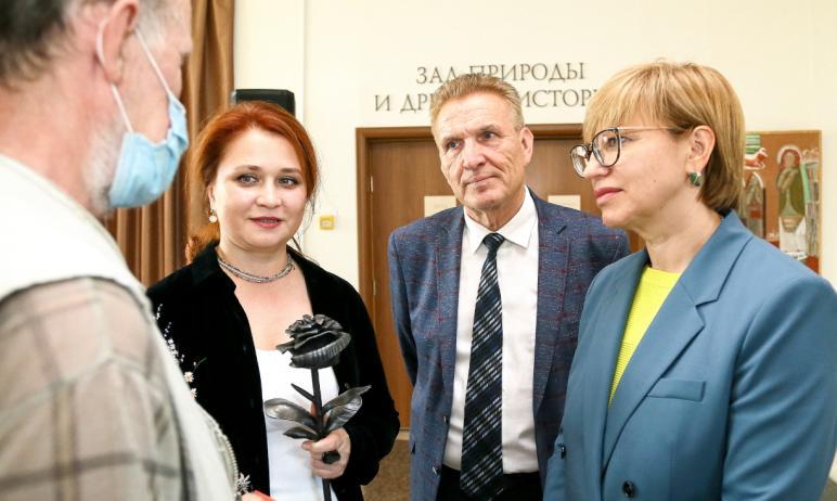 В Челябинске в Государственном историческом музее Южного Урала вчера, 14 июля, открылась выставка