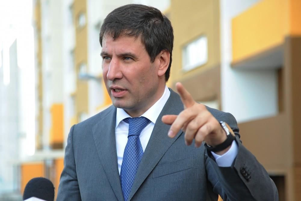 Губернатор Михаил Юревич лично проконтролировал ход переселения жителей поселка Роза (Коркинский