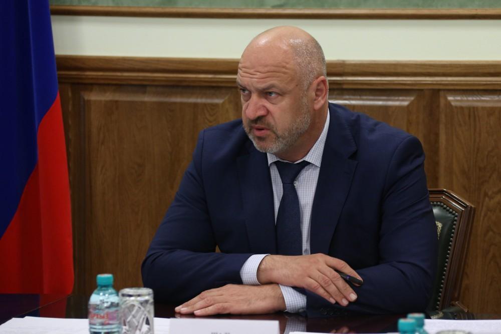 Сегодня, 19 октября, вице-губернатор Сергей Шаль на совещании с главами доложил Борису Дубровском