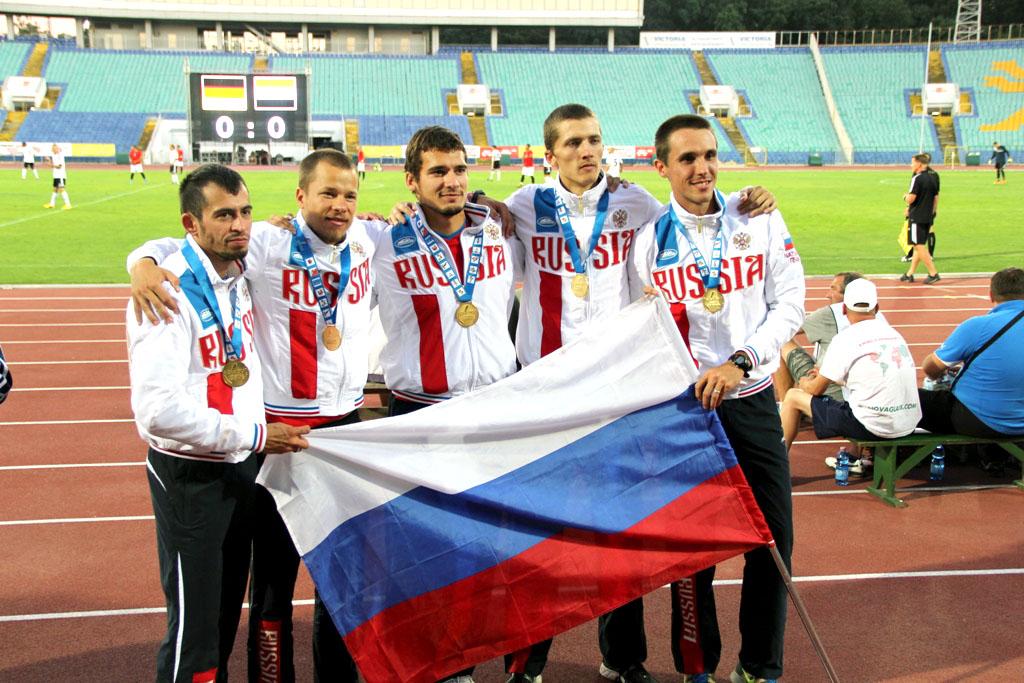 Российская четверка в составе Константина Гребенщикова, Виктора Обломкова, Антона Шарапо и Артура