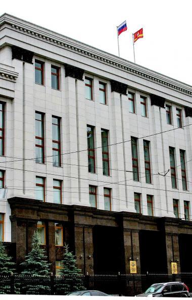 Губернатор Челябинской области Алексей Текслер ввел дополнительные меры по ограничению распростра