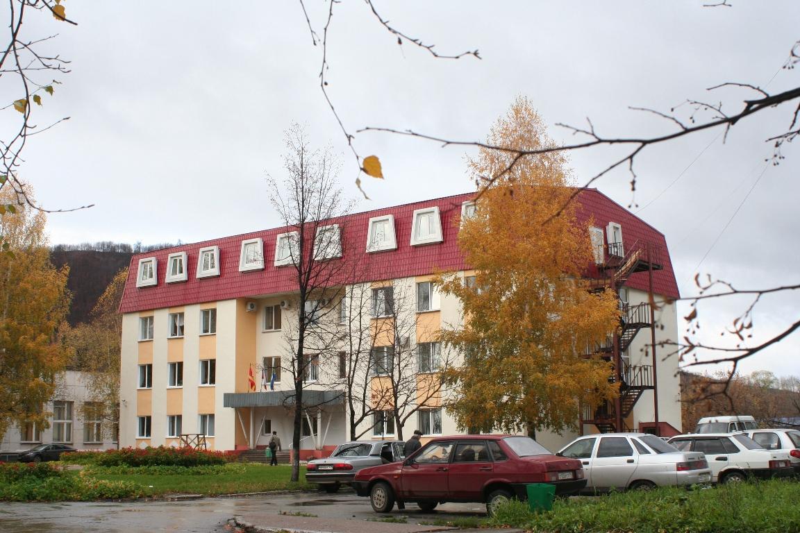 Как сообщили агентству «Урал-пресс-информ» в администрации города, социальные объекты - школы №2,