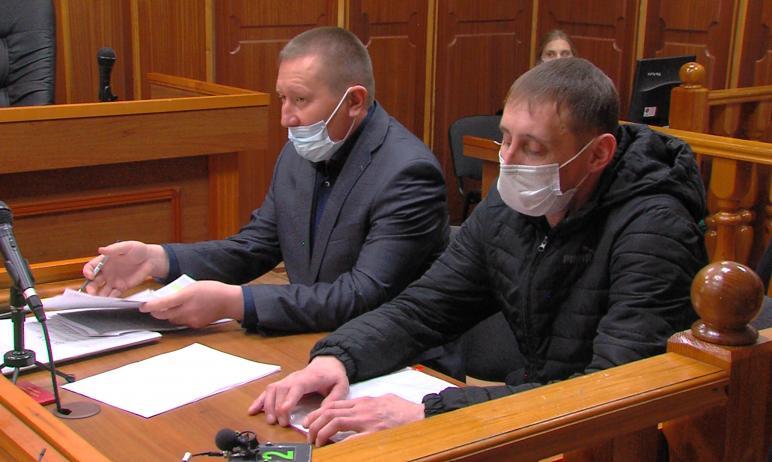 Сегодня, девятого апреля, городской прокурор в Челябинском областном суде добился изменения меры