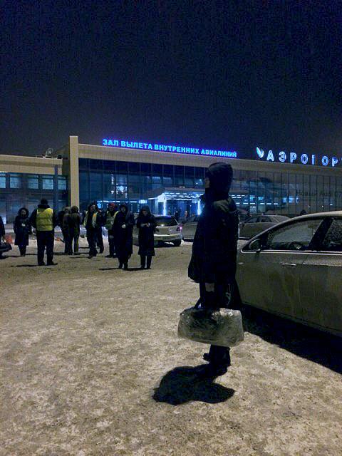 В аэропорту Челябинска пассажира не пустили в самолет из-за крови в багаже. Транспортная Прокурат