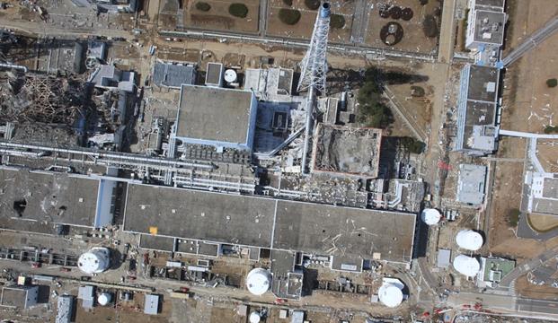 По оценке специалистов, разрушение топливных стержней на втором реакторе произошло через примерно