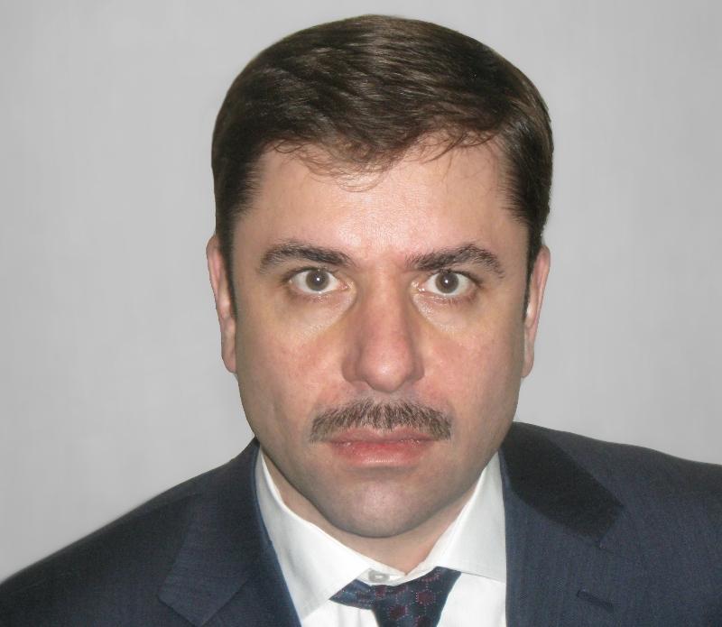 Пятого апреля, за два дня до своего сорокалетия, Алексей Овакимян написал заявление об увольнении