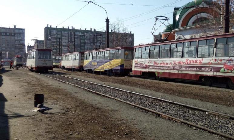 Первые десять новых трамваев в Челябинск должны будут поступить к сентябрю, оставшиеся 20 вагонов