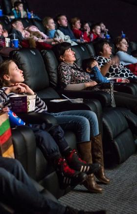Успейте посетить Мягкий Кинотеатр Фокус и посмотреть главные кинонови