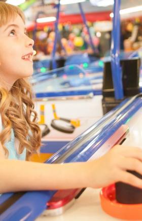 Парк развлечений Мегалэнд каждый вторник проводит день скидок — это значит, что игры на любом атт