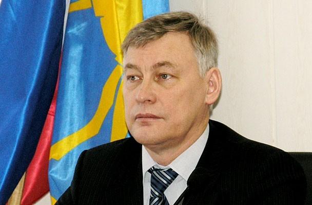 Сегодня, 18 октября, на внеочередной сессии городского парламента за увольнение Ардабьевского про