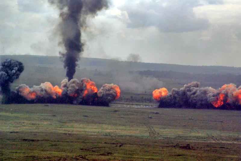 «С прошлой пятницы все взрывные работы на Чебаркульском полигоне приостановлены», - рассказал аге