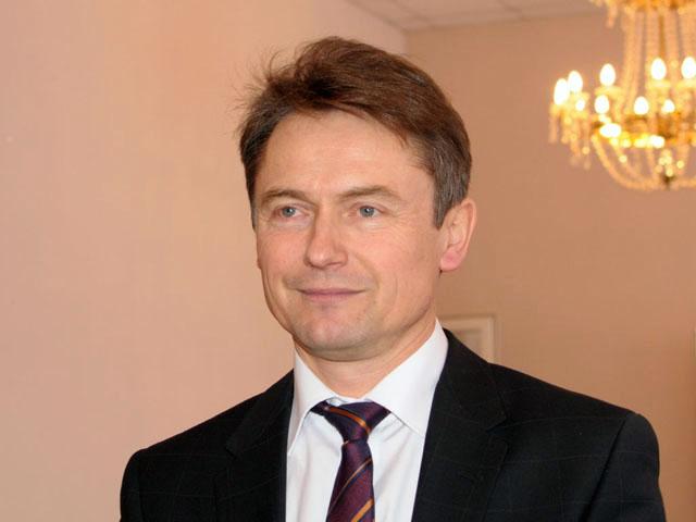 Глава Миасского городского округа (Челябинская область) Геннадий Васьков уходит досрочно в отстав