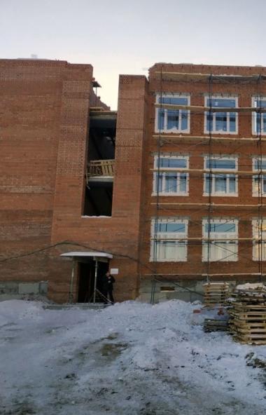 Учебный процесс в новой школе челябинского поселка Чурилово (микрорайон Яблочный) начнется со сле