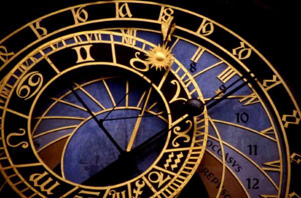 По словам челябинского астролога Александра Солодухина, 2014 год можно условно разделить на два п