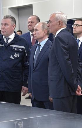 Президент России Владимир Путин принял участие в торжественной церемонии ввода в эксплуатацию вто