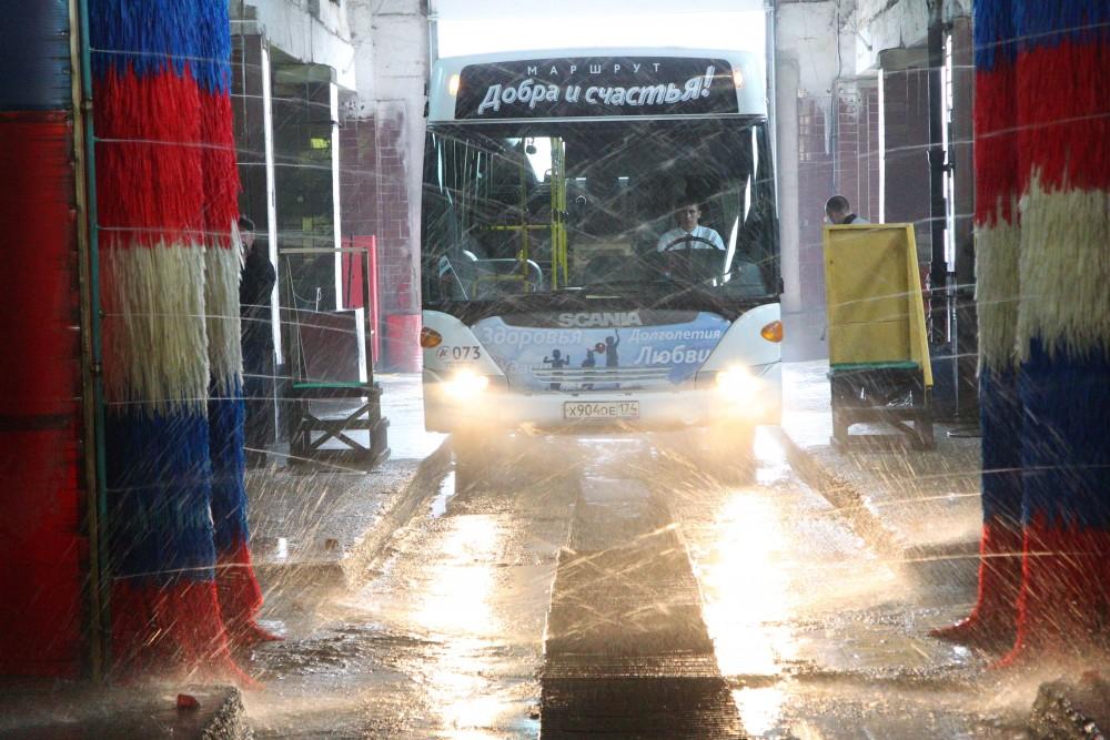 Челябинские власти надеются получить 65 низкопольных автобусов, работающих на газомоторном топлив