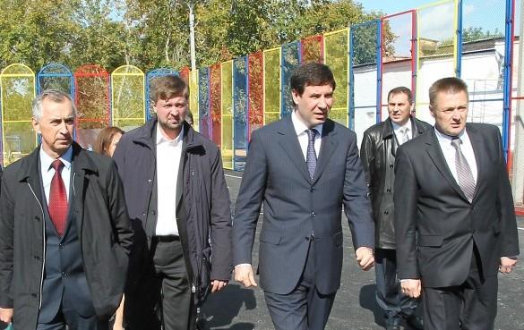 Об этом свидетельствуют данные соцопроса, которые губернатор Михаил Юревич озвучил на состоявшемс