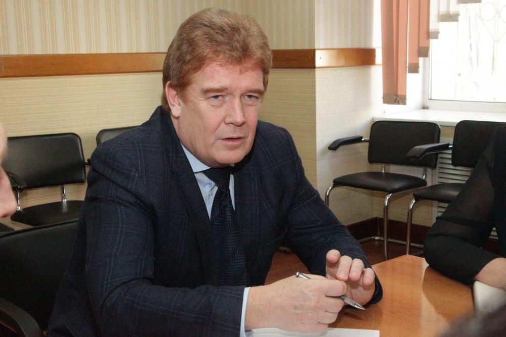 Начальник управления дорожного хозяйства Челябинска Александр Шабалин официально