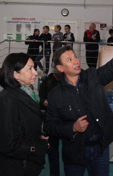 Временная исполняющая обязанности главы Челябинска Наталья Котова проинспектировала ход благоустр