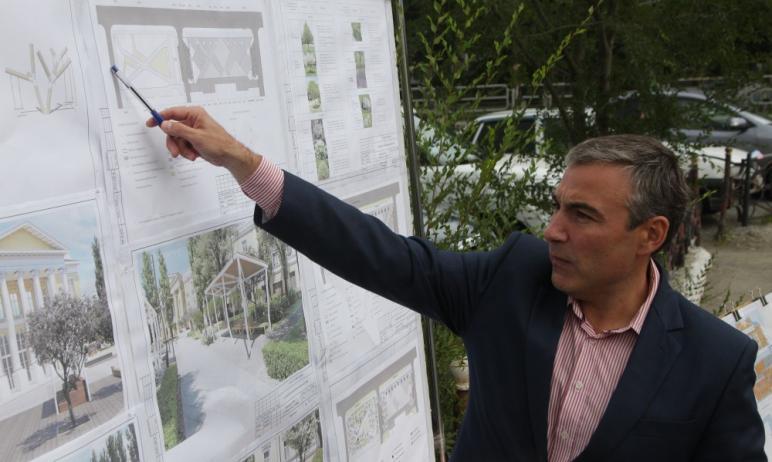 В Ленинском района Челябинска в этом году облагородят территорию возле дворца культуры завода мет