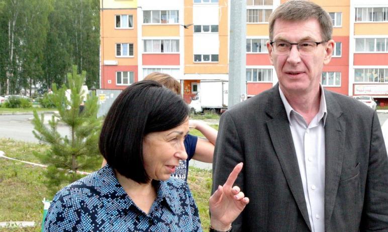 Глава Челябинска Наталья Котова поздравила Сергея Антипова с его назначением на второй срок в дол