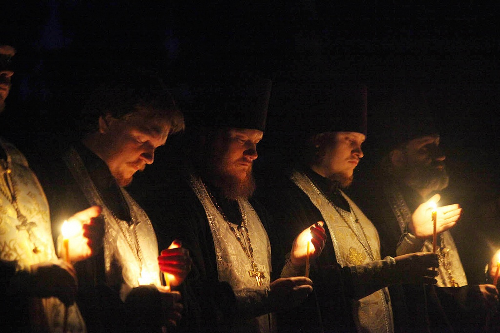 В Челябинске в пятницу, 21-го июня, в канун Дня памяти и скорби, у мемориала «Скорбящие матери» н