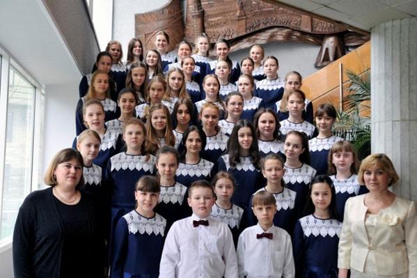 «Гимназия №10 давно стала центром притяжения одаренных юных челябинцев. Под руководством чутких п