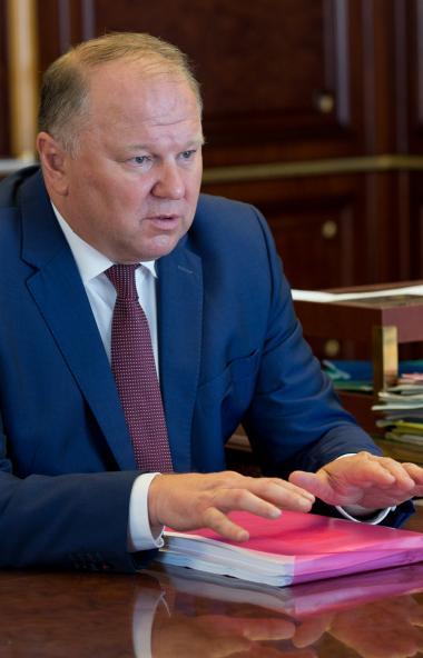 Полномочный предствитель президента в Уральском федеральном округе Николай Цуканов сегодня, 21-го