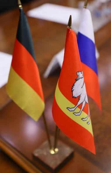 Губернатор Челябинской области Алексей Текслер и Генеральный консул Федеративной Республики Герма