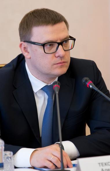 Губернатор Челябинской области Алексей Текслер напомнил главам муниципальных образований о недопу