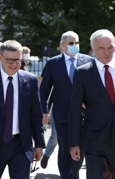 Губернатор Челябинской области Алексей Текслер в преддверии Дня металлурга посет