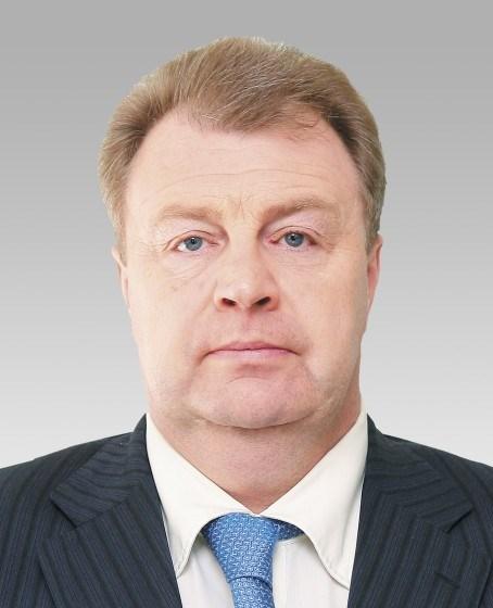 Евгений Тефтелев поблагодарил депутатов, руководителей, подчиненных, журналистов за совместную пл