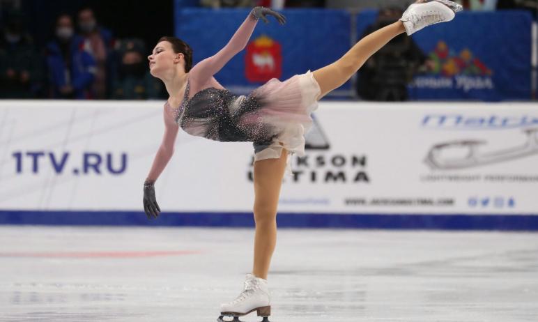 Призер чемпионатов мира и Европы Анна Щербакова из Москвы сегодня. 26 декабря, завоевала золото ч
