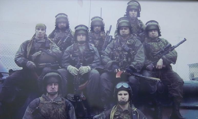 Подполковник полиции Евгений, действующий боец СОБР, участник двух чеченских конфликтов, в День Г