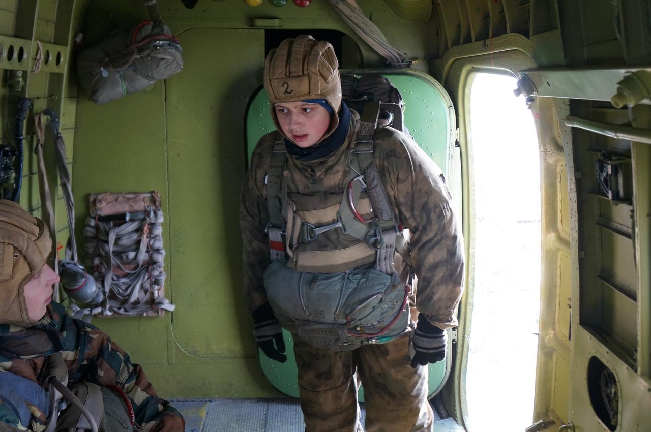 Полного купола и мягкого приземления! Курсанты челябинского военно-патриотического молодежного об