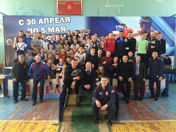 Боксеры Челябинской области завоевали 11 наград на первенстве Уральского федерального округа сред